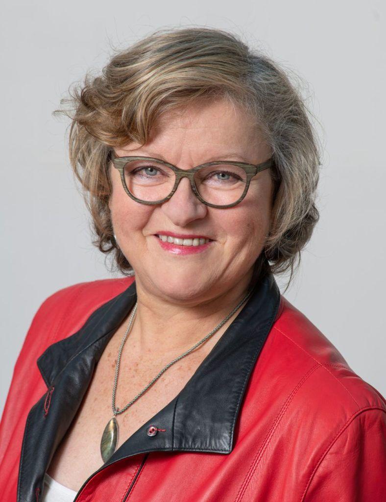 Françoise GUYOT